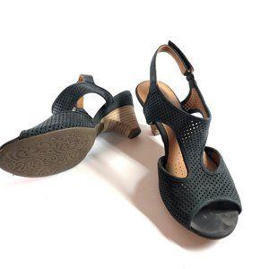 CLARKS ARTISAN Julie Avant Stacked Heels Sandals 9